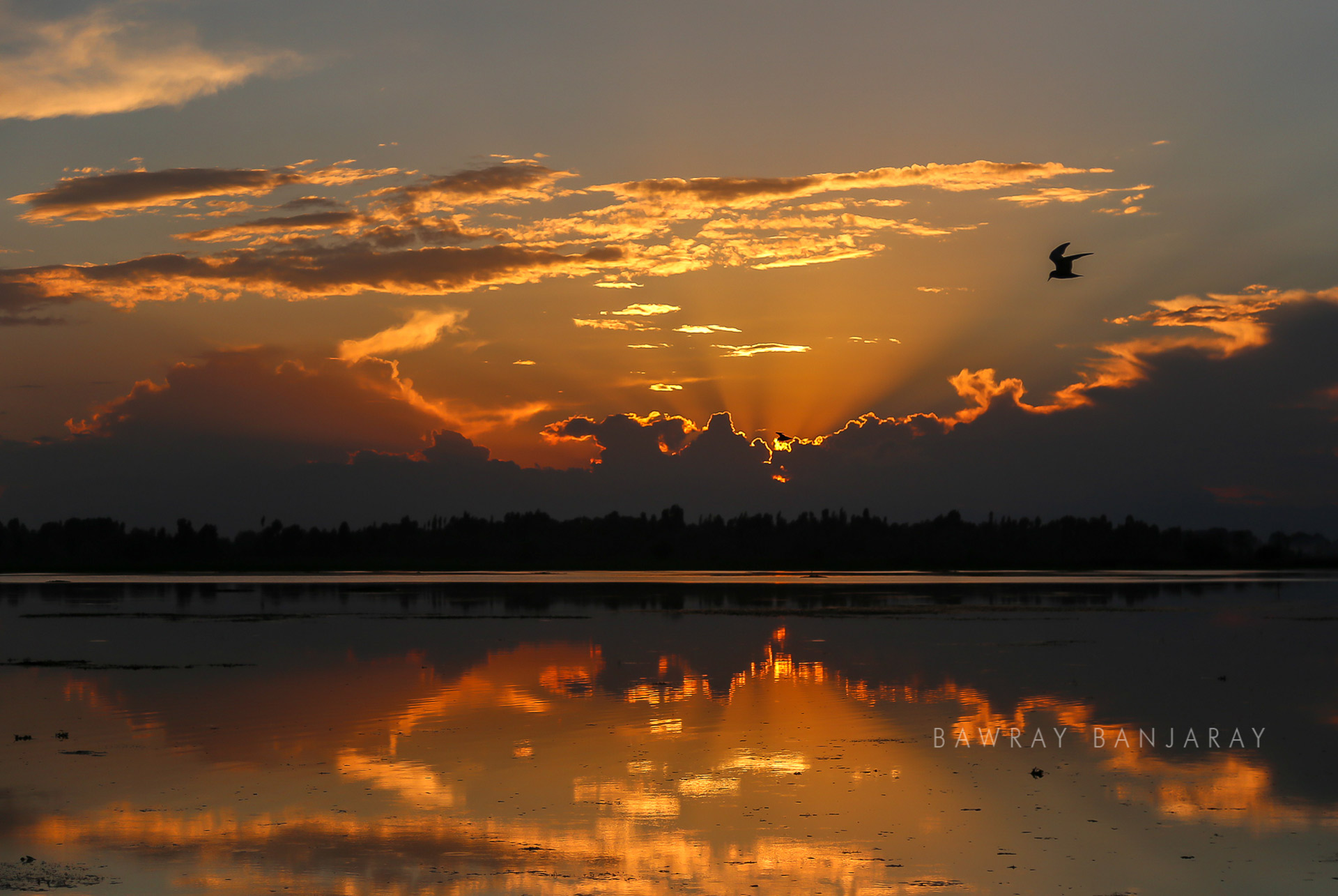 Sunset at Dal Lake by Bawray Banjaray